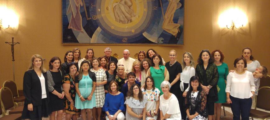 Papa y mujeres separadas de Toledo