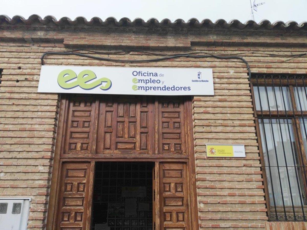 Castilla mancha recibir 8 7 millones m s del gobierno for Oficina empleo guadalajara
