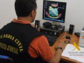 La Guardia Civil previene contra todo tipo de delitos en Internet