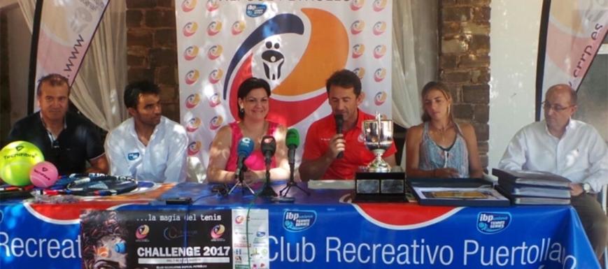 Momento de la presentación del torneo de tenis de Repsol en Puertollano