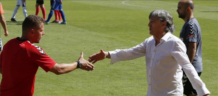 Enrique Martín se lamentó de que el Albacete perdiera al final