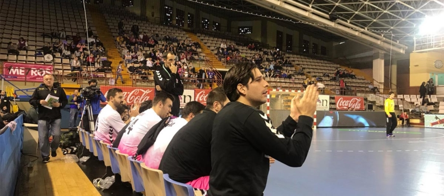 Banquillo del Quabit Guadalajara, que se ha medido al Barça en la Copa