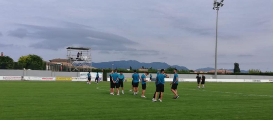 Los jugadores de la UB Conquense, antes del partido contra el Peralada