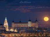 Esa Luna que asomaba por encima del Alcázar de Toledo antes y después del eclipse