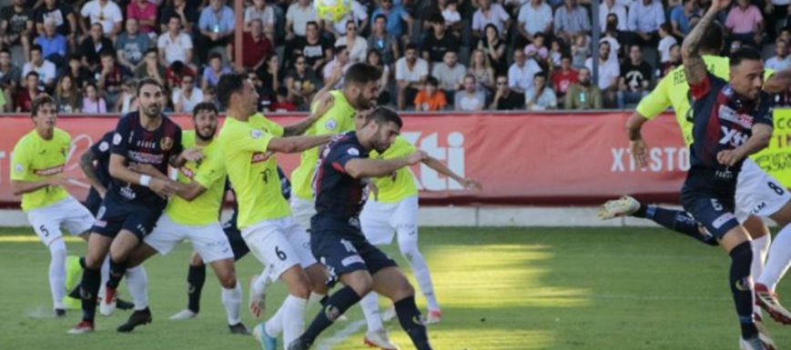 El Talavera cayó en Yecla en un partido muy malo