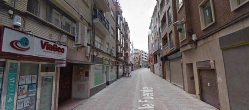 Calle La Fuente, donde se produjo el crimen machista en Puertollano
